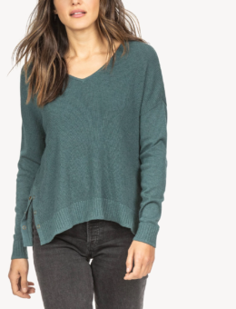 SIDE SNAP V-NECK SWEATER | LILLA P