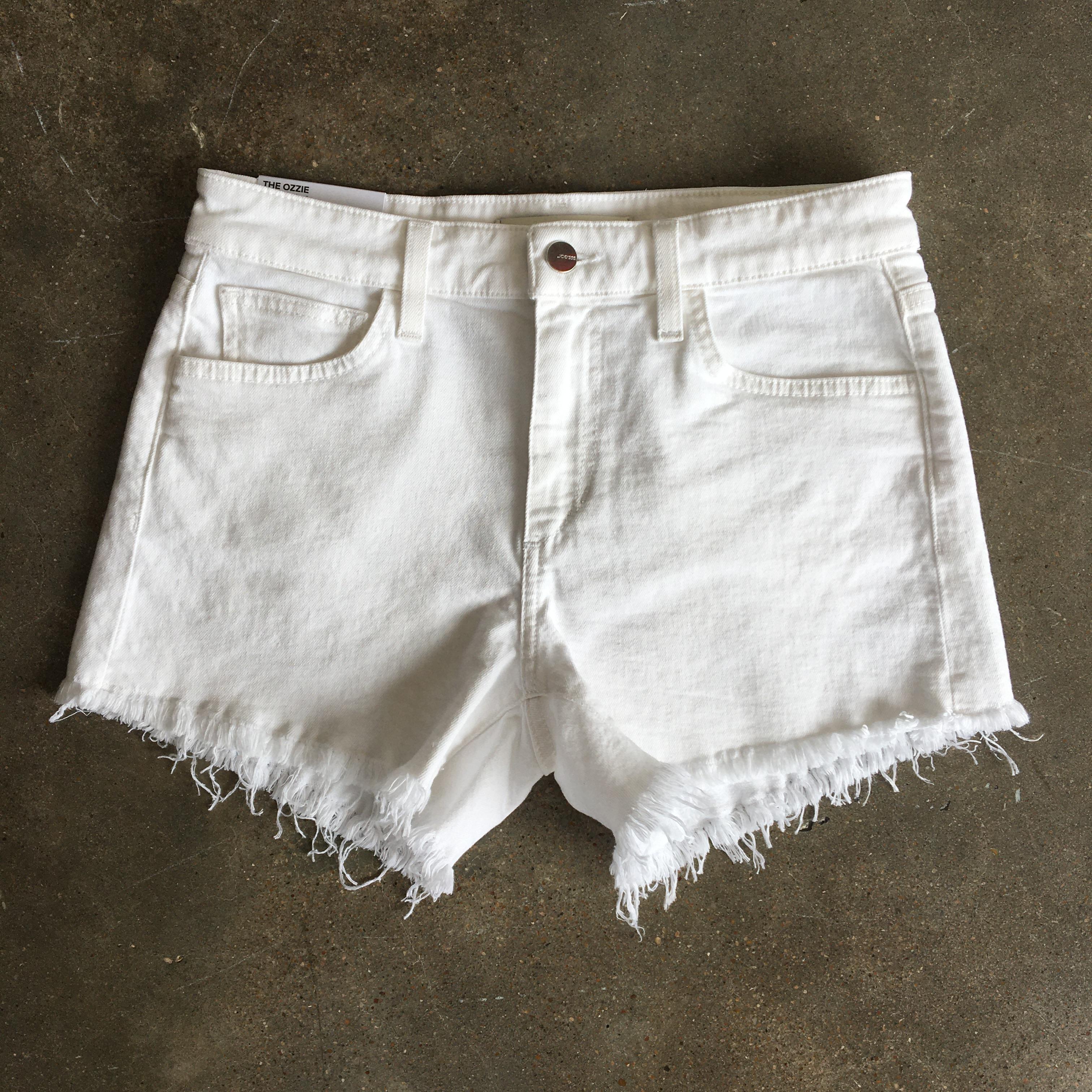 WHITE CUTOFF SHORTS – SHOP THE LOOK