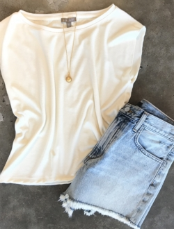 LIGHT DENIM CUTOFF SHORTS