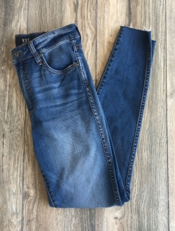 CONNIE HIGH-RISE DENIM